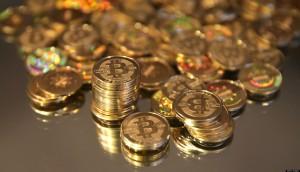 Fysiska Bitcoins. Varje mynt innehåller en kod som kan lösas in mot en Bitcoin på internet.